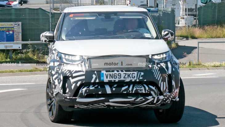 新款路虎发现测试谍照 或将推出插电混动版车型
