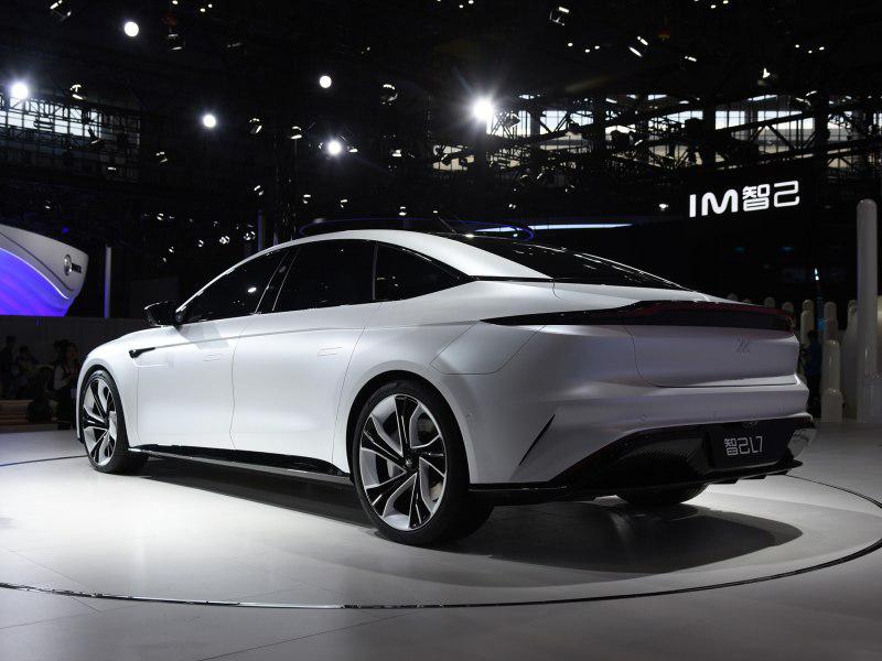 2021上海车展:智己汽车旗下首款纯电轿车预售插图3