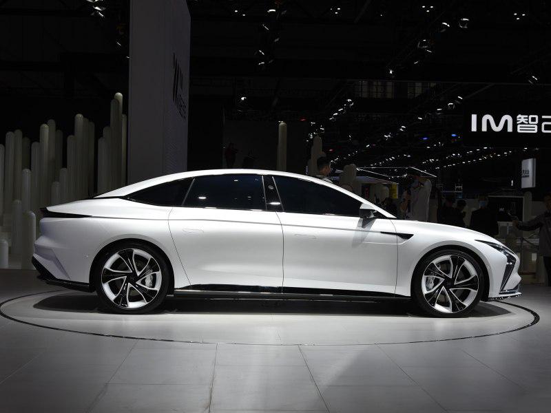 2021上海车展:智己汽车旗下首款纯电轿车预售插图2