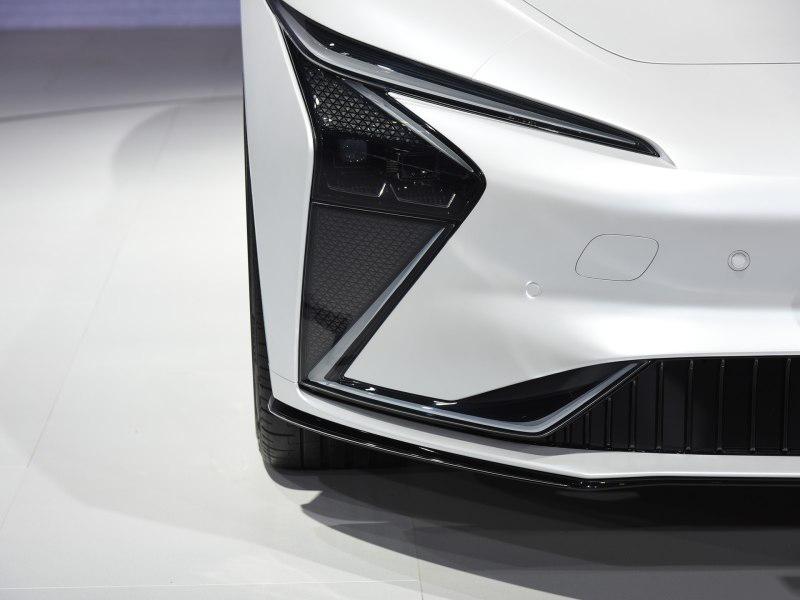 2021上海车展:智己汽车旗下首款纯电轿车预售插图1