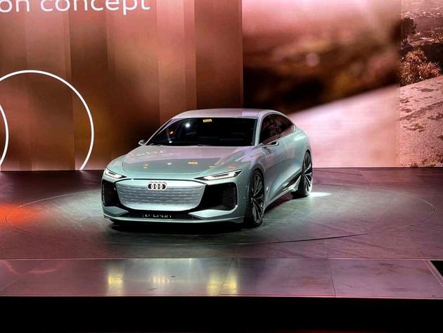 大气饱满造型设计 奥迪A6 e-tron旅行版渲染图