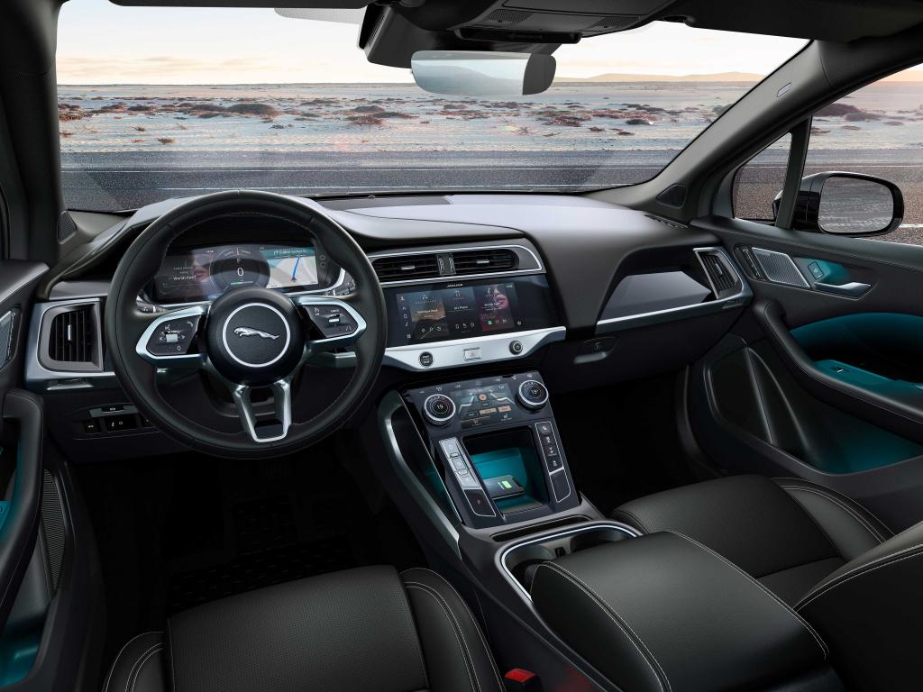 捷豹I-PACE黑色版官图发布 全车黑化 纯电续航450km