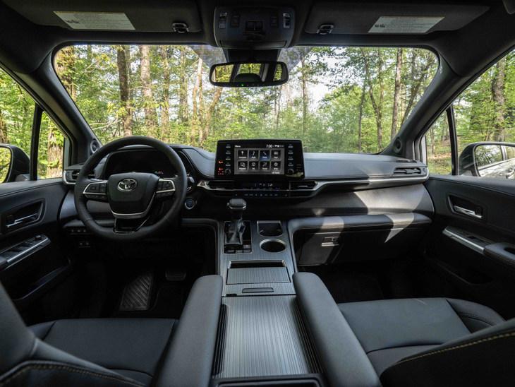 丰田Sienna特别版官图发布 全车黑化 专为北美市场打造